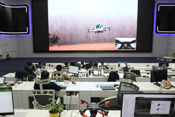 Размещено видео тестирования китайского дрона-такси EHang