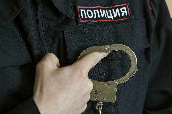Полицейский поторопился напенсию после взятки в3 млн руб.