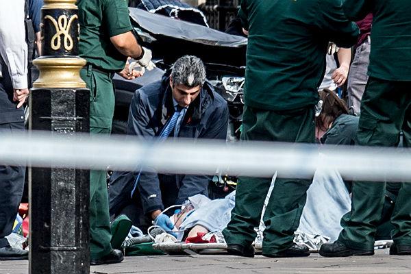 Среди жертв английского теракта есть полицейский