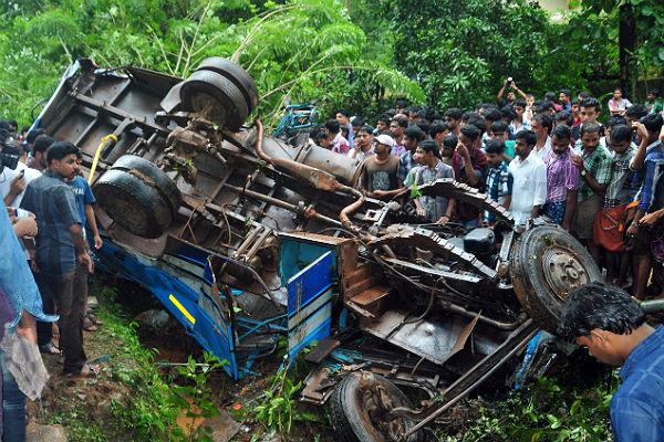 Неменее 20 человек погибли вДТП савтобусом насевере Индии