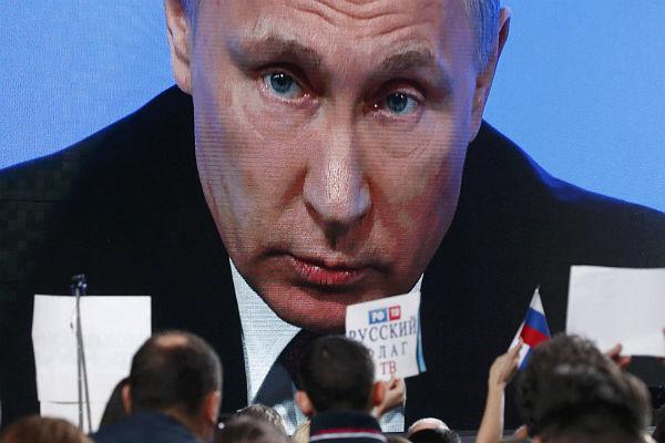 Ростовчанин спросил В.Путина, каких роботов нехватает вКремле