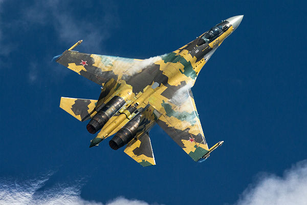 Истребителю Су-34 присвоили имя погибшего вСирии пилота Олега Пешкова