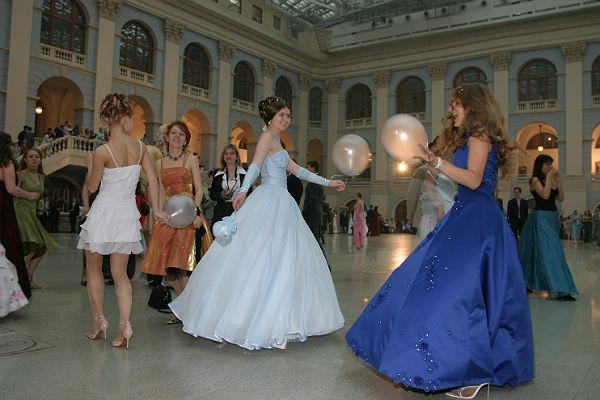 Вшколах Ингушетии небудут проводиться выпускные балы