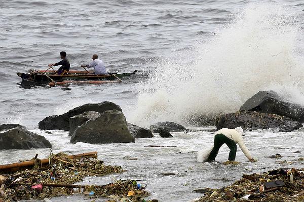 Синоптики Приморья советуют туристам бежать из региона из-за приближающегося тайфуна
