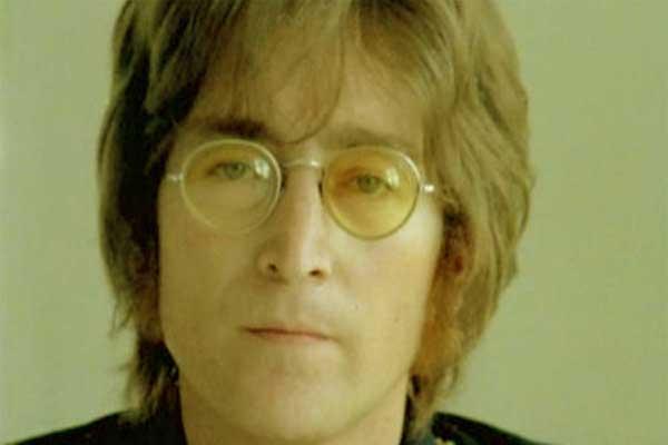 «Imagine» Джона Леннона запретили играть на похоронах англичан