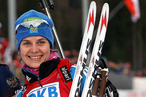 Русская биатлонистка Старых выиграла гонку наЧЕ