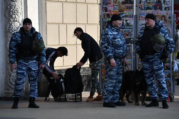 ВПетербурге в последующем году появится туристическая милиция