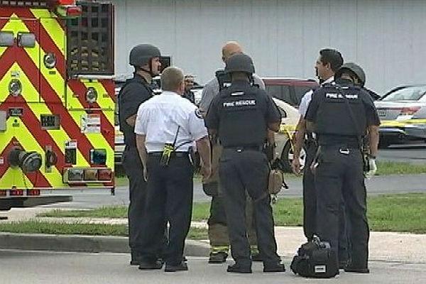 Власти докладывают омногочисленных жертвах— Стрельба вОрландо