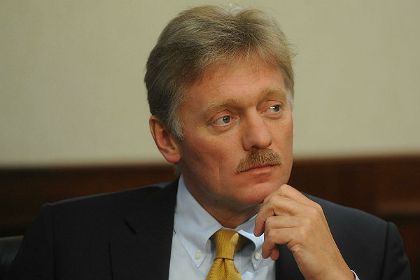 Кремль: РФ крайне обеспокоена возобновлением боёв вДонбассе