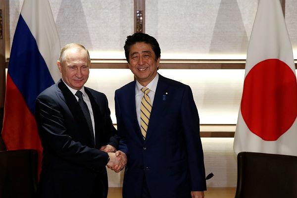 Путин: заключение мирного контракта сЯпонией— основная задача двусторонних отношений