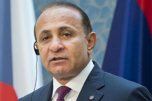 Премьер Армении принял решение подать вотставку