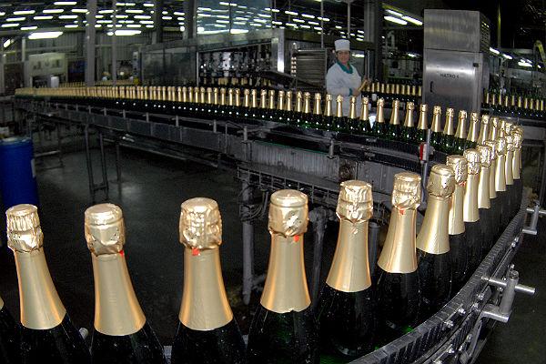 Акцизы на шампанское рф говоря, кто