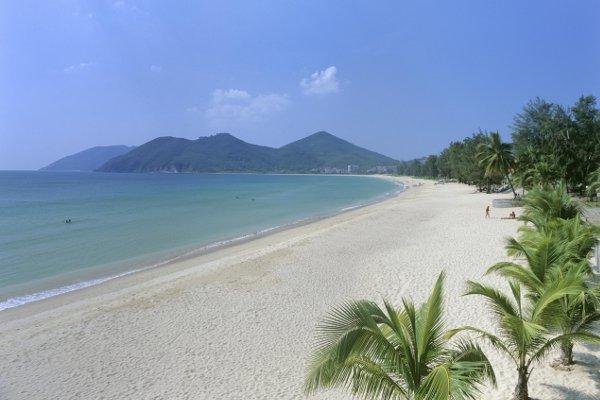 Китайская провинция Хайнань отменила визы для туристов из60 стран