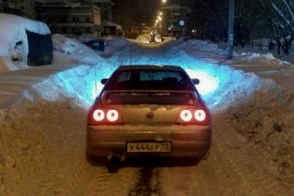 Мэр Томска призывает городских жителей  посодействовать  коммунальщикам вуборке снега