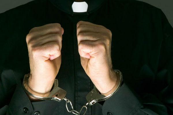 Итальянского первосвященника подозревали всутенерстве ипроведении оргий вцеркви