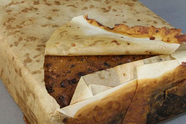 Ученые вАнтарктиде отыскали  отлично  сохранившийся 106-летний кекс