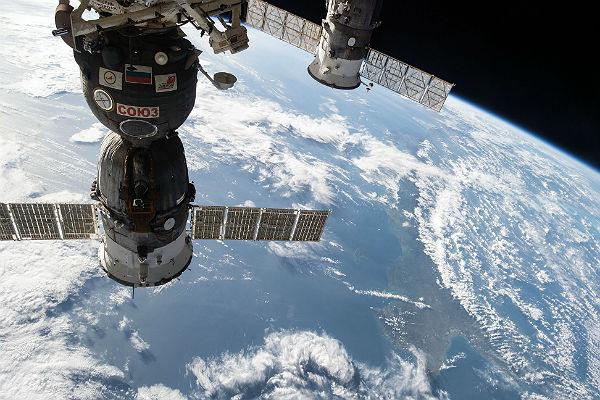 В Роскосмосе сообщили, что экзамены для экипажа МКС-45/46 завешены
