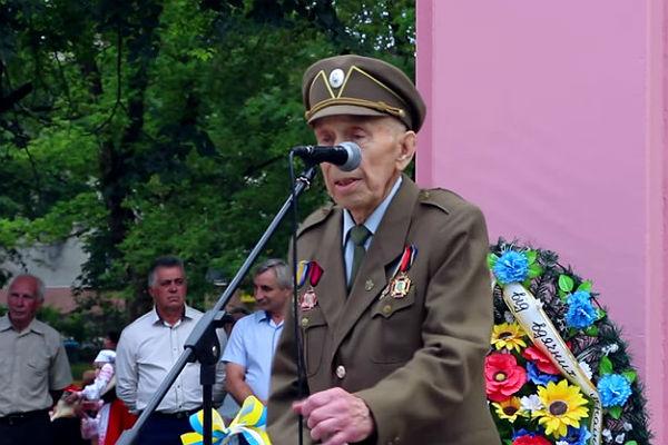 Под Львовом руководитель районной ячейки ОУН-УПА скончался намитинге