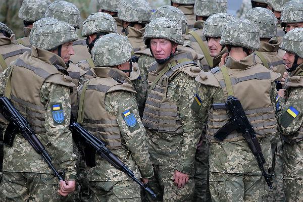 Рада хочет усилить ответственность военных зараспитие алкоголя иупотребление наркотиков