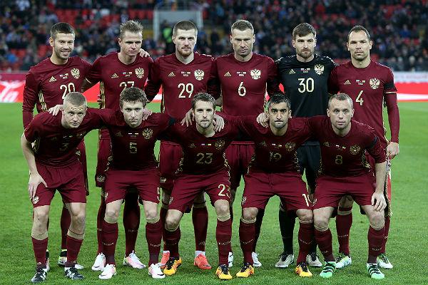 Букмекеры прогнозируют сборной России по футболу выход в четвертьфинал ЕВРО-2016.