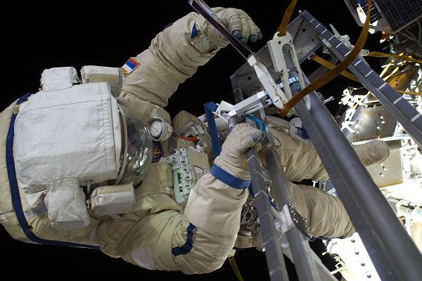 Роскосмос ищет следы внеземной жизни наповерхности МКС