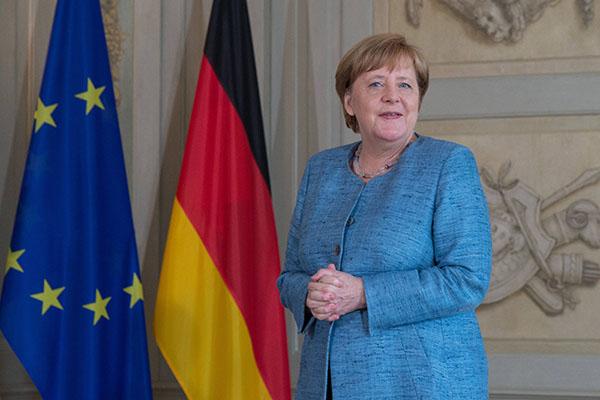 Меркель заявила о желании стран — членов НАТО иметь «разумные» отношения с Россией