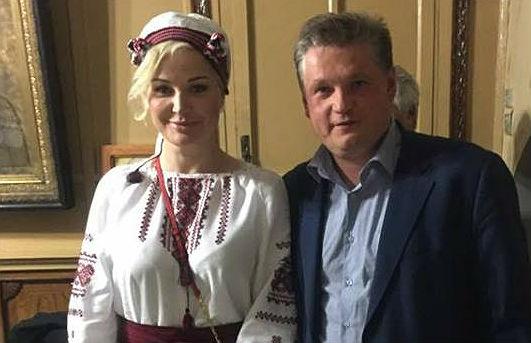 Мария Максакова наПасху выступила всоборе вКиеве вукраинской вышиванке