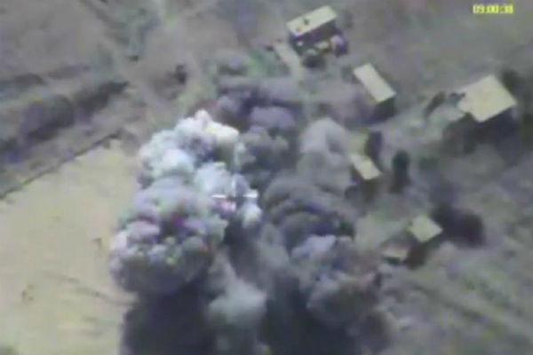Авиаудары ВКС разгромили боевиков ан-Нусры, пытавшихся вырваться изкотла вАкербате