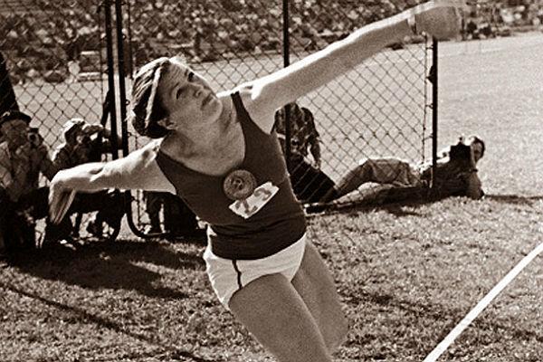 Стала известна причина смерти первой советской олимпийской чемпионки Нины Пономаревой