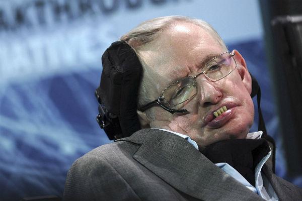 Стивен Хокинг сказал , когда изчезнет население Земли