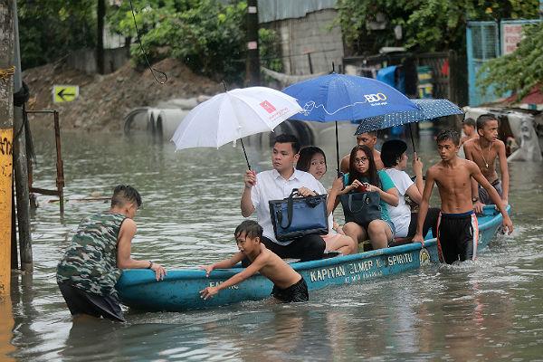 Филиппины скандал с правителями
