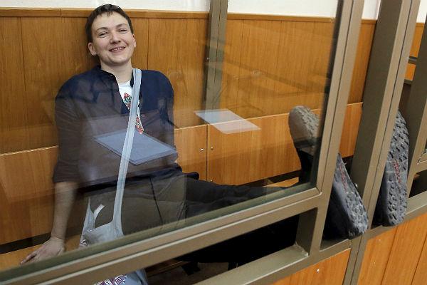 Савченко просит вернуть еедомой: написала письмо вМинюст