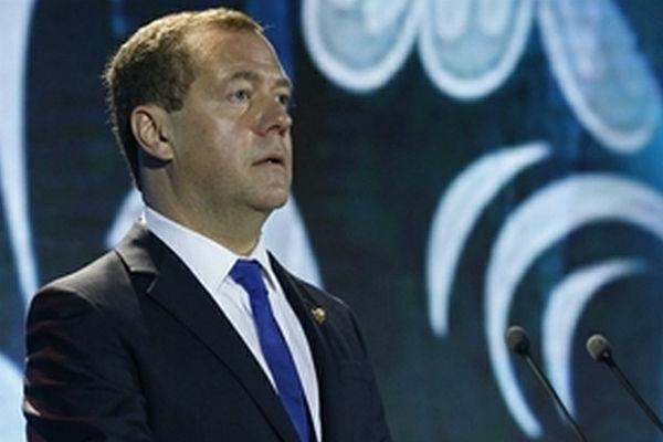 Медведев объявил опопытках Европы принудить РФ отказаться отNord Stream 2