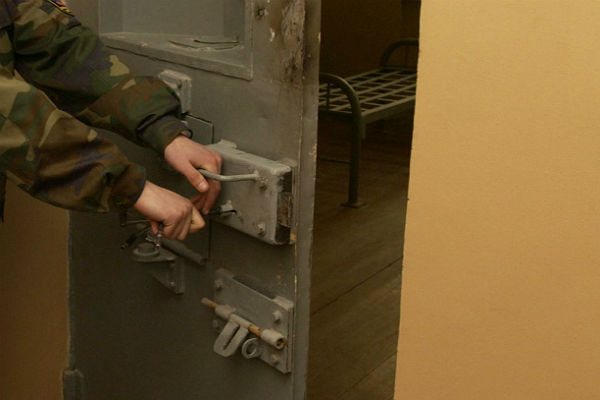 2-х экс-полицейских снова осудили запытки нижегородца