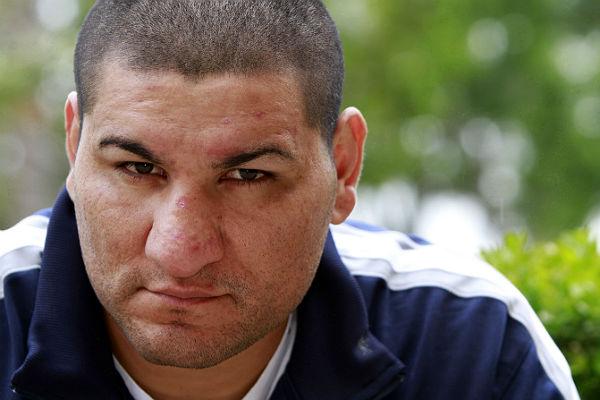 Арреола дисквалифицирован натри месяца из-за употребления марихуаны