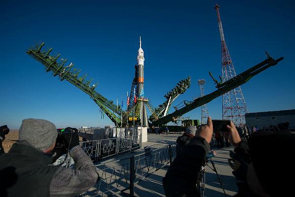 Роскосмос пригрозил Франции прекращением поставок ракет «Союз»