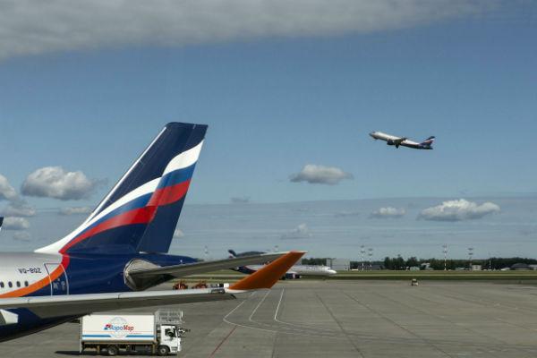 СК: Самолет рейса Сочи— Тюмень проверяется наналичие деталей тормозов