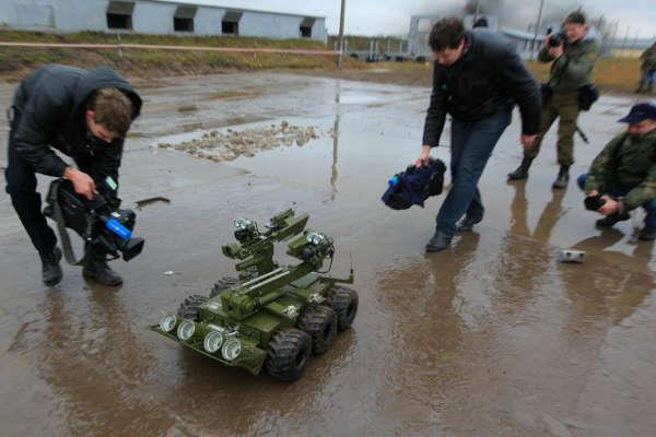 Россию будут защищать боевые роботы - Газета Труд