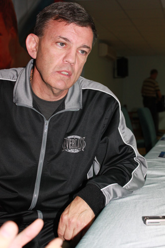 Тедди атлас тренер